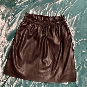 Dex faux leather skirt size M
